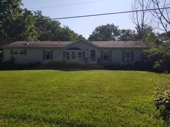 9341 N 650 E New Carlisle, IN 46552 | MLS 459917 | photo 2