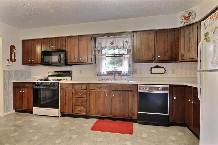 3248 May Street Portage, IN 46368 | MLS 459990 | photo 6