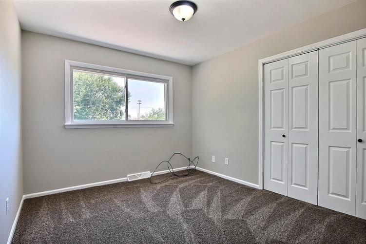 5939 Grant Place Merrillville, IN 46410 | MLS 460283 | photo 11