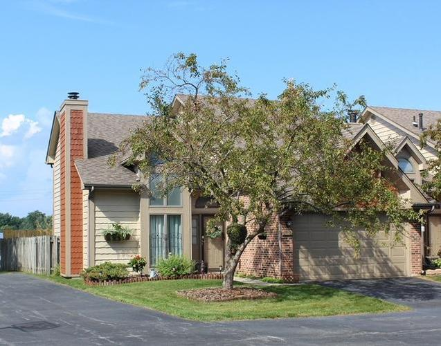 1916 Silver Creek Court Crown Point, IN 46307 | MLS 460412 | photo 1