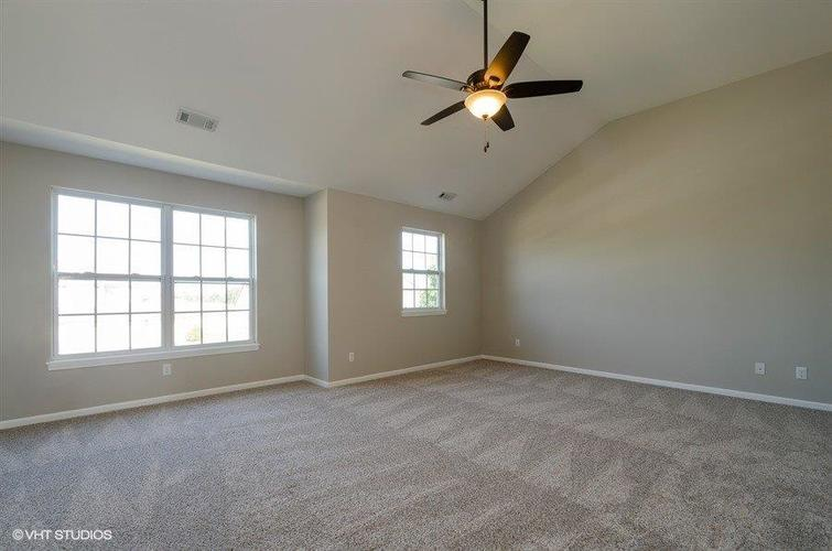 9661 Dewey Place Crown Point, IN 46307 | MLS 460458 | photo 11