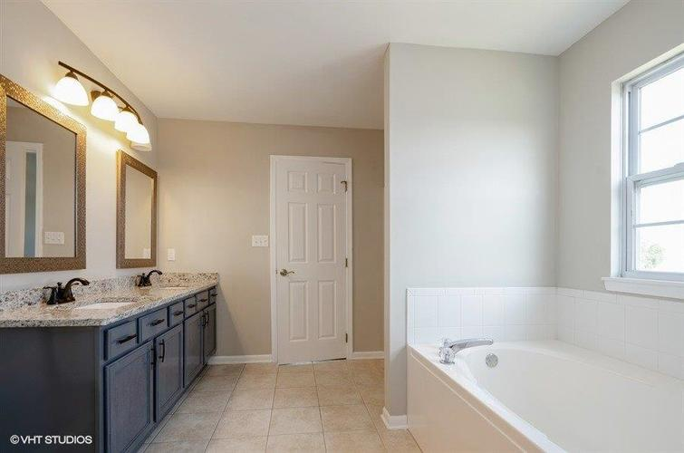 9661 Dewey Place Crown Point, IN 46307 | MLS 460458 | photo 12