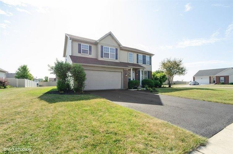 9661 Dewey Place Crown Point, IN 46307 | MLS 460458 | photo 2