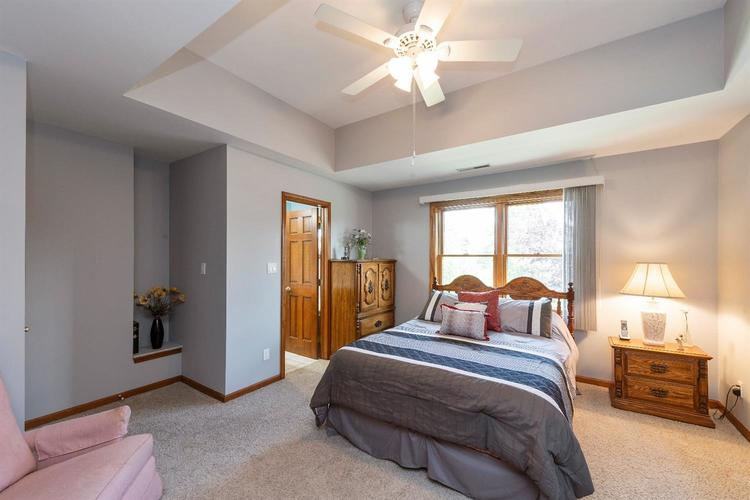 10104 Windfield Drive Munster, IN 46321 | MLS 460512 | photo 10