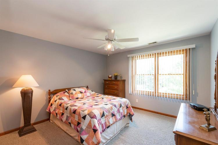 10104 Windfield Drive Munster, IN 46321 | MLS 460512 | photo 12