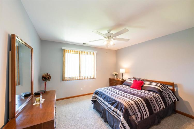 10104 Windfield Drive Munster, IN 46321 | MLS 460512 | photo 13