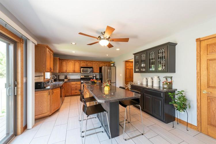 10104 Windfield Drive Munster, IN 46321 | MLS 460512 | photo 5