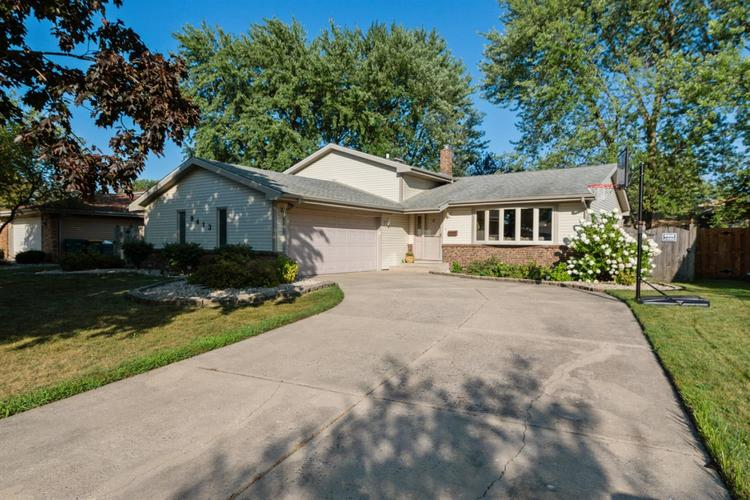 9413  Oriole Drive Munster, IN 46321   MLS 460518