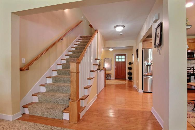 1005 Sterling Court Crown Point, IN 46307 | MLS 458450 | photo 11