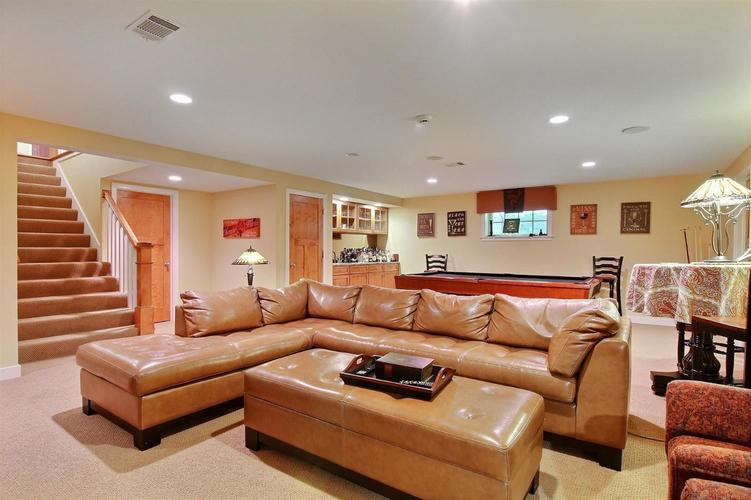 1005 Sterling Court Crown Point, IN 46307 | MLS 458450 | photo 16