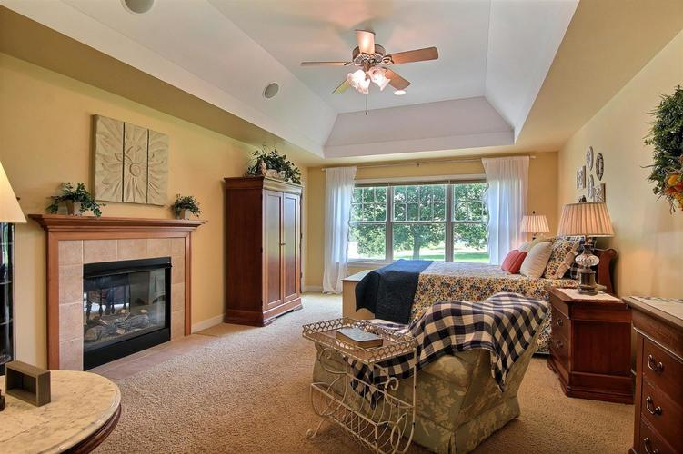 1005 Sterling Court Crown Point, IN 46307 | MLS 458450 | photo 6