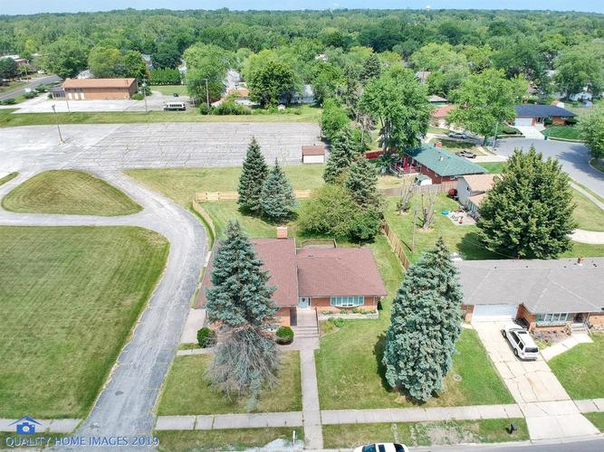 790 W 54th Avenue Merrillville, IN 46410 | MLS 460766 | photo 2
