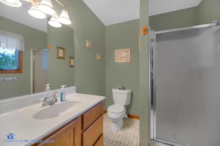 8244 Madison Avenue Munster, IN 46321 | MLS 460988 | photo 17