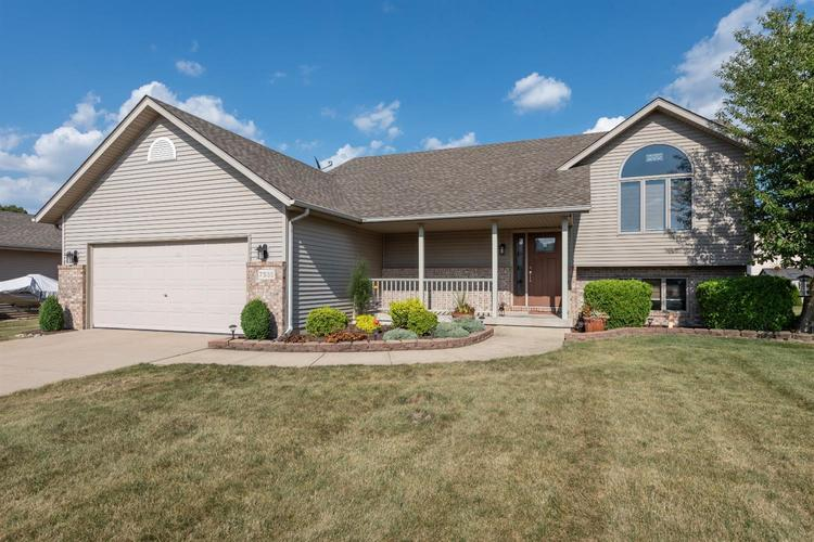 7535  Pershing Road Schererville, IN 46375 | MLS 460329