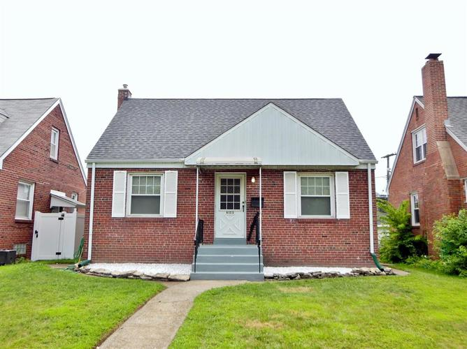 2148 Davis Avenue Whiting, IN 46394 | MLS 461390 | photo 1