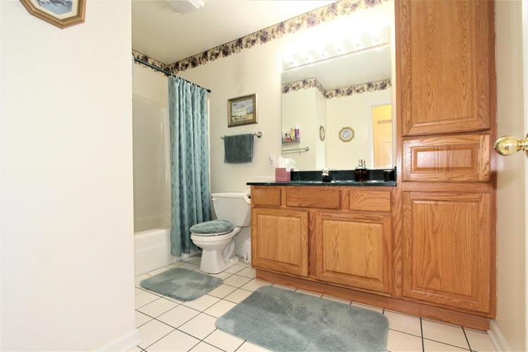 777 Hidden Oak Trail #2A Hobart, IN 46342 | MLS 460854 | photo 4