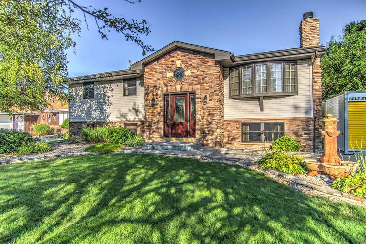 8365  Blaine Place Crown Point, IN 46307 | MLS 461519