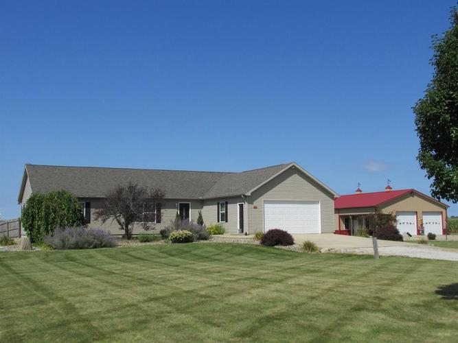 55471 Snowberry Road New Carlisle, IN 46552 | MLS 461884 | photo 1