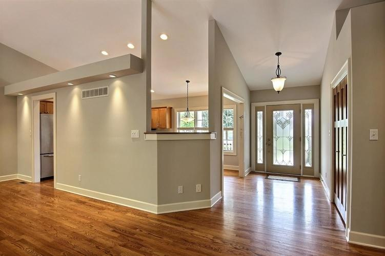2500 Camelot Drive Dyer, IN 46311 | MLS 461785 | photo 10