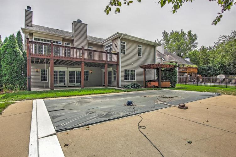 2500 Camelot Drive Dyer, IN 46311 | MLS 461785 | photo 2