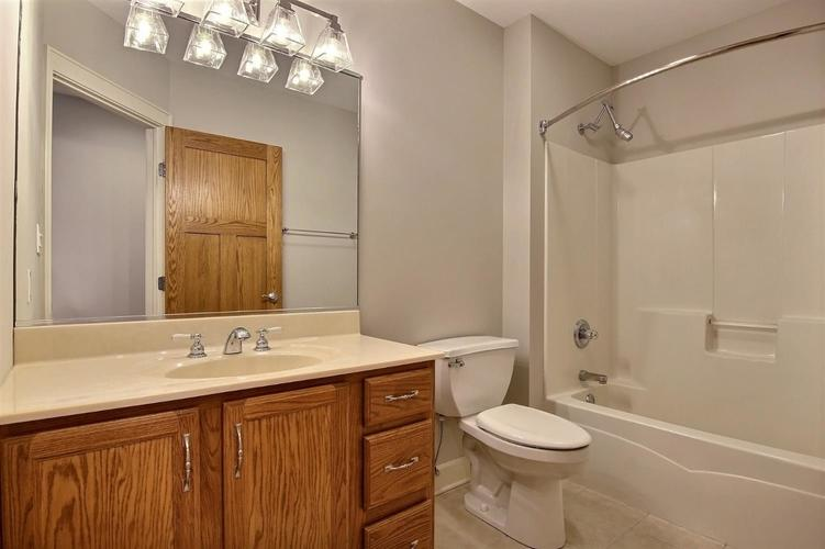 2500 Camelot Drive Dyer, IN 46311 | MLS 461785 | photo 27
