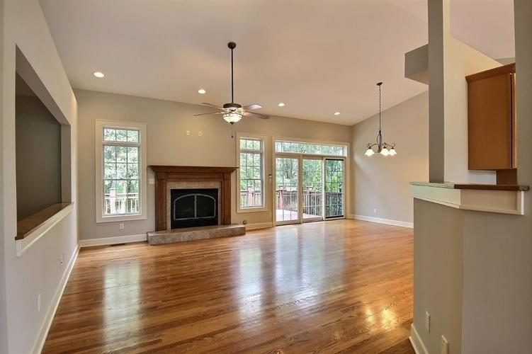 2500 Camelot Drive Dyer, IN 46311 | MLS 461785 | photo 8