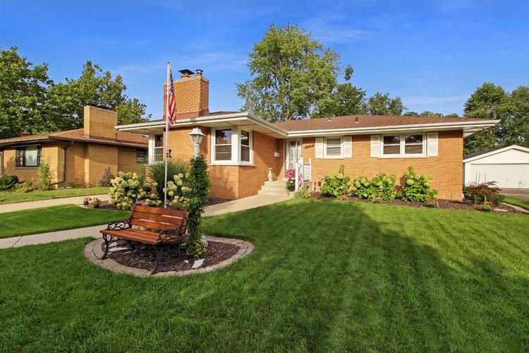 8545  Forest Avenue Munster, IN 46321 | MLS 462168