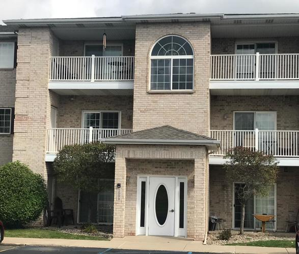 2009 W 75th Place #36 Merrillville, IN 46410 | MLS 462189 | photo 1
