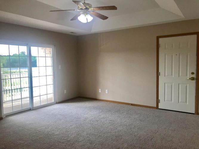 2009 W 75th Place #36 Merrillville, IN 46410 | MLS 462189 | photo 4