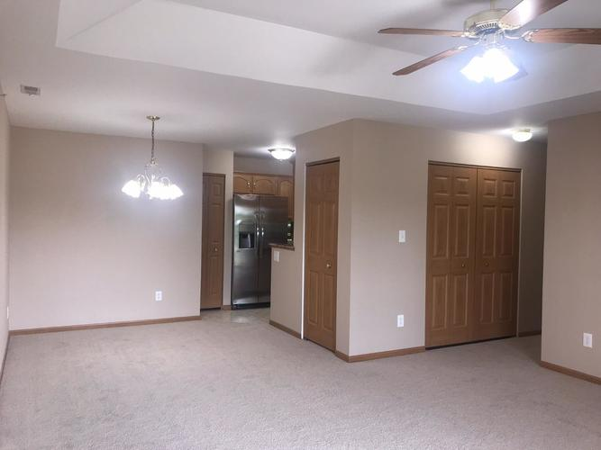 2009 W 75th Place #36 Merrillville, IN 46410 | MLS 462189 | photo 5