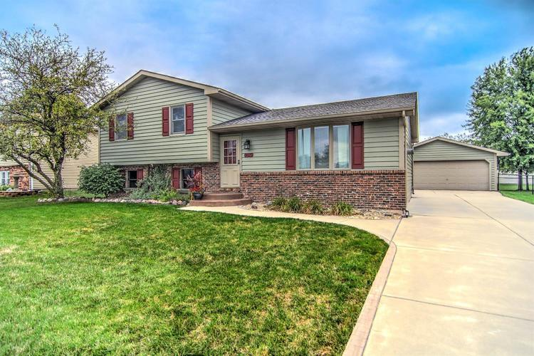 9829 Fillmore Street Crown Point IN 46307 | MLS 462598 | photo 1