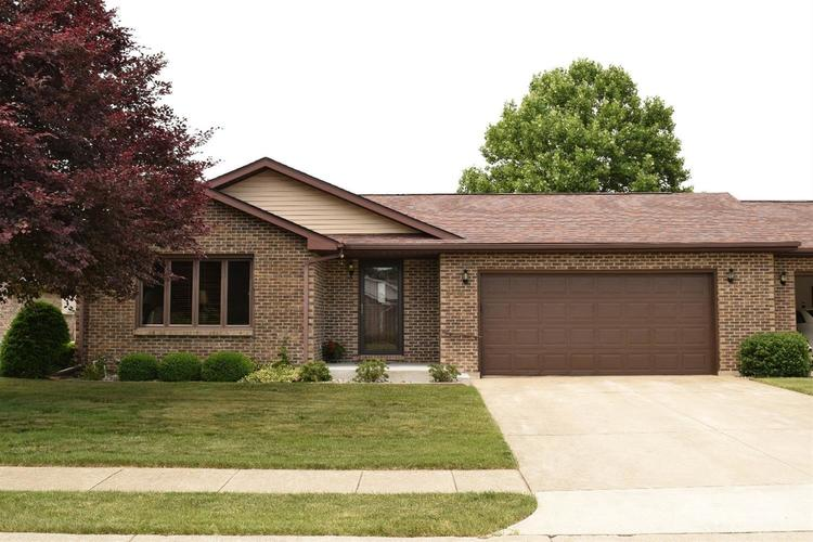 110 Royal Lane LaPorte IN 46350 | MLS 462777 | photo 1