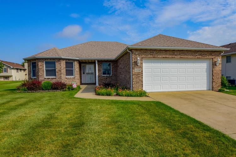 1230 W 97th Place Crown Point IN 46307 | MLS 462754 | photo 1