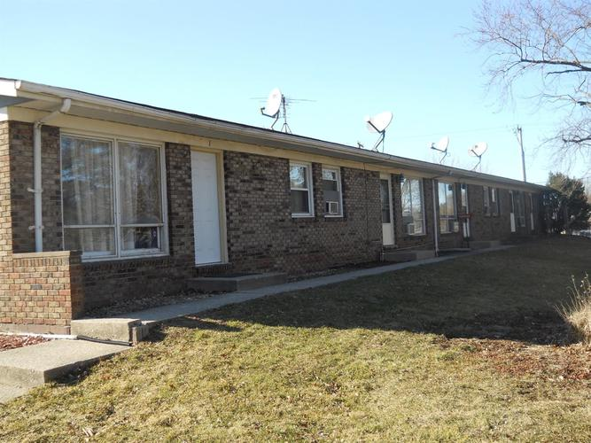 766 W 73rd Avenue Merrillville, IN 46410 | MLS 464065 | photo 1