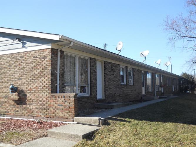766 W 73rd Avenue Merrillville, IN 46410 | MLS 464065 | photo 2