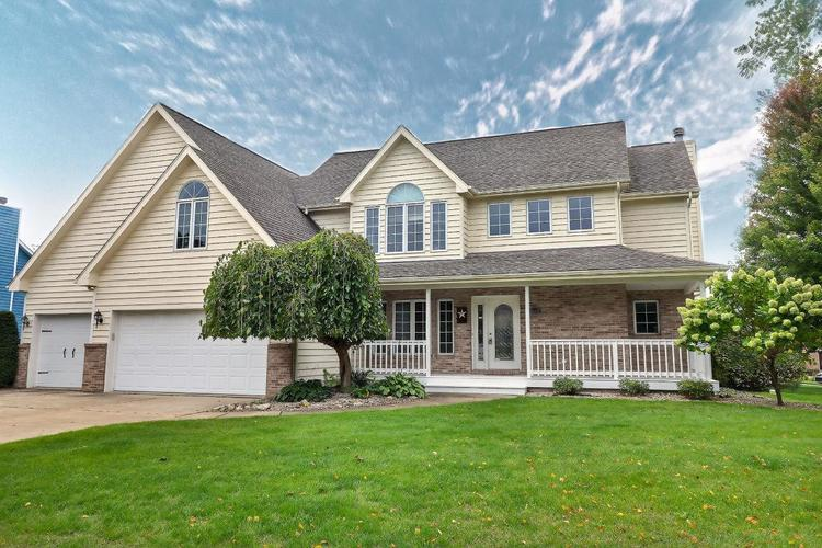 2601  Chesterfield Drive Valparaiso, IN 46385   MLS 464147
