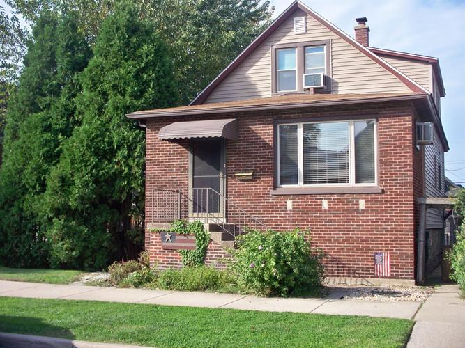1231 W Fred Street Whiting, IN 46394 | MLS 464202 | photo 1