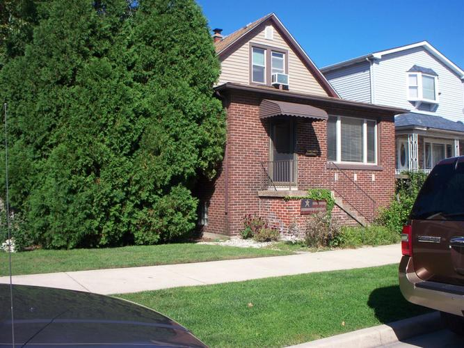 1231 W Fred Street Whiting, IN 46394 | MLS 464202 | photo 2