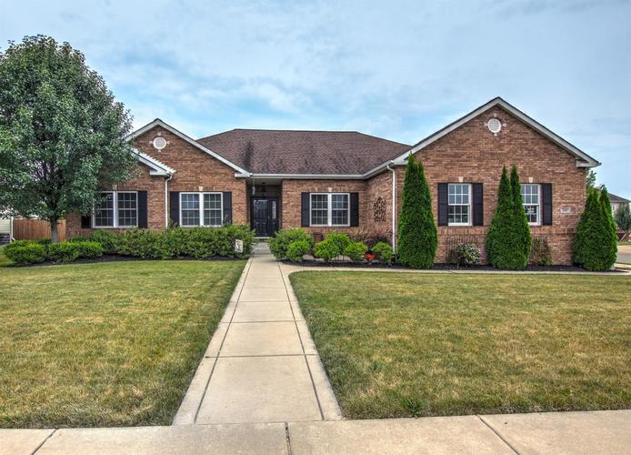 245 E 124th Place Crown Point, IN 46307 | MLS 464360