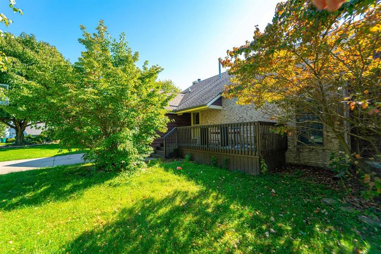 2063  Maumee Drive Valparaiso, IN 46385 | MLS 464534