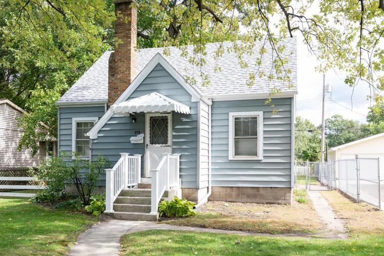 215 N Indiana Street Griffith, IN 46319 | MLS 464775