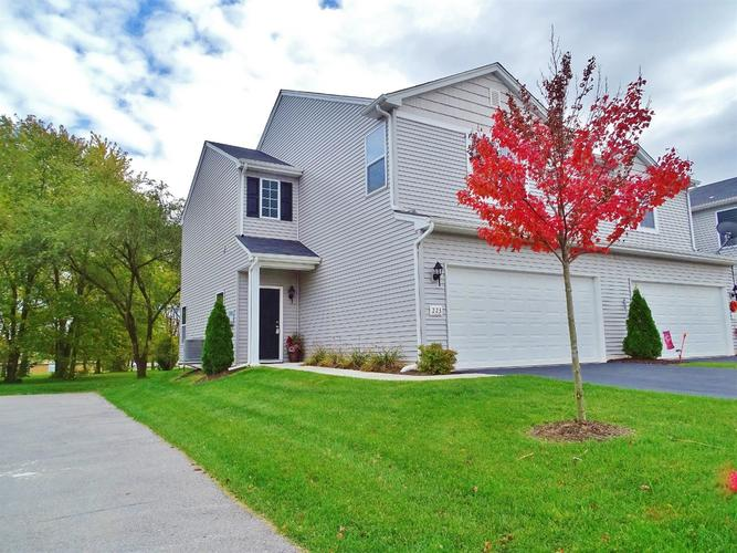 223 Sweetbriar Court Lowell IN 46356 | MLS 465164 | photo 1