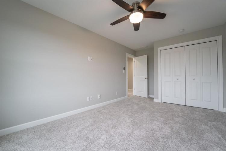 4426 W 77th Place Merrillville, IN 46410 | MLS 465178 | photo 12