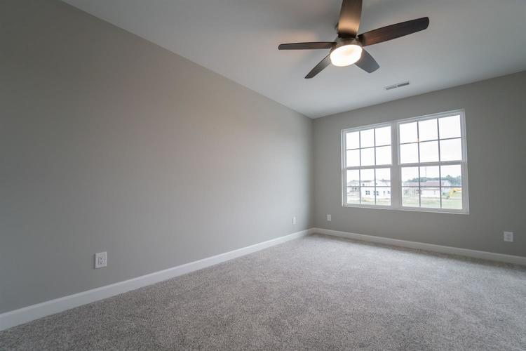 4422 W 77th Place Merrillville, IN 46410 | MLS 465175 | photo 13