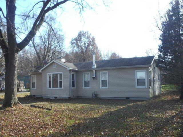 5597 W State Road 10 DeMotte, IN 46310 | MLS 464766 | photo 2