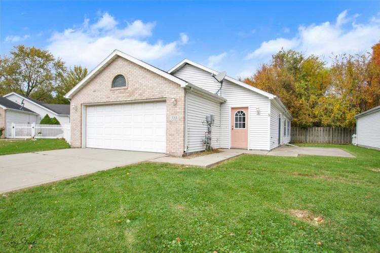 333 Brown Court Chesterton IN 46304 | MLS 465488 | photo 1