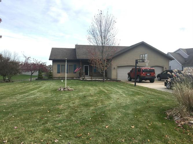 1715 N Crest View Drive LaPorte, IN 46350 | MLS 465666 | photo 1