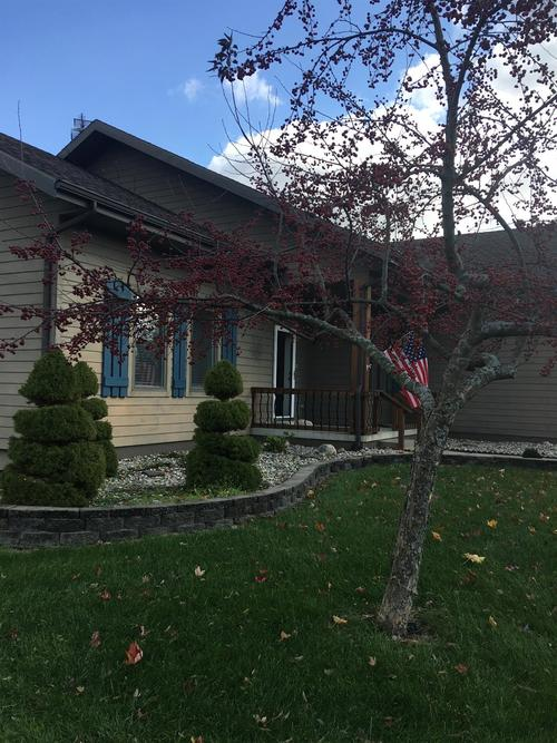 1715 N Crest View Drive LaPorte, IN 46350 | MLS 465666 | photo 2