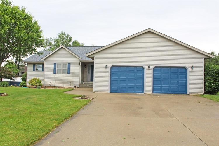 1647 N Crest View Drive LaPorte, IN 46350 | MLS 466213 | photo 2