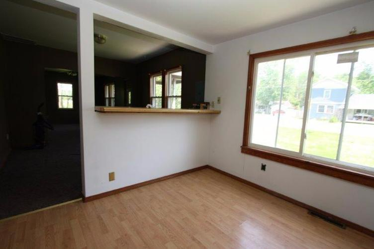 12046 N St. Rd. 55 Thayer, IN 46381 | MLS 466223 | photo 2